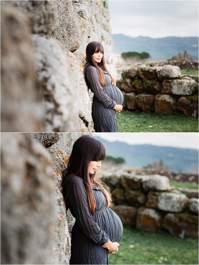 pregnancy foto in outdoor