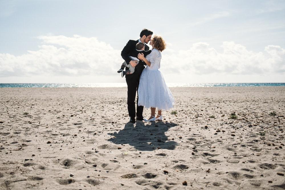 Matrimonio Spiaggia Immagini : Foto matrimonio in spiaggia sardegna