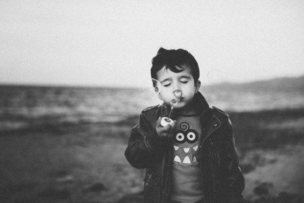fotografo bambini al mare