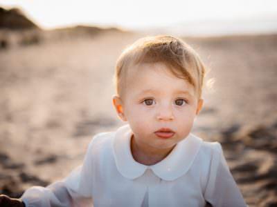 Foto di bambini sulla spiaggia sassari