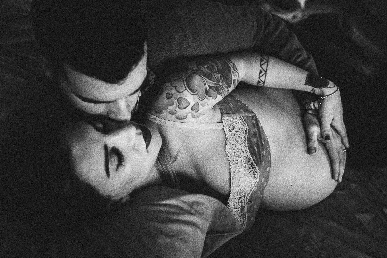 Extrêmement Foto gravidanza Oristano, sardegna, maternità con bambino ZT33