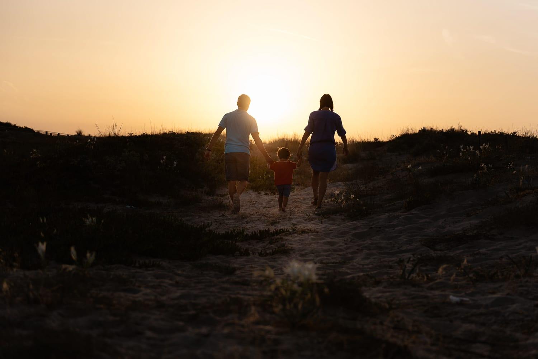 Fotografo vacanza Sardegna. foto in spiaggia di famiglia