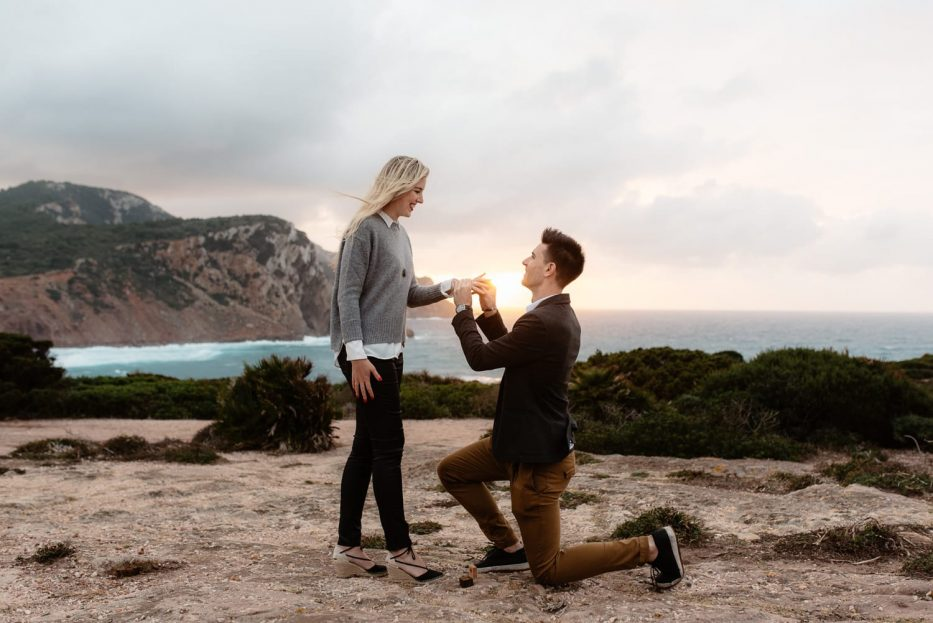 Wedding proposal in Sardinia