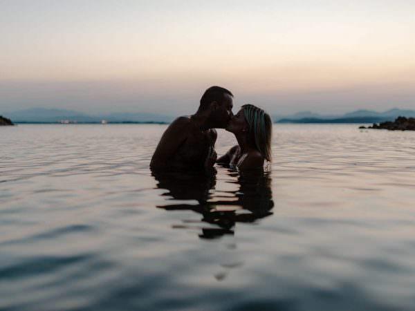 foto fidanzamento in acqua