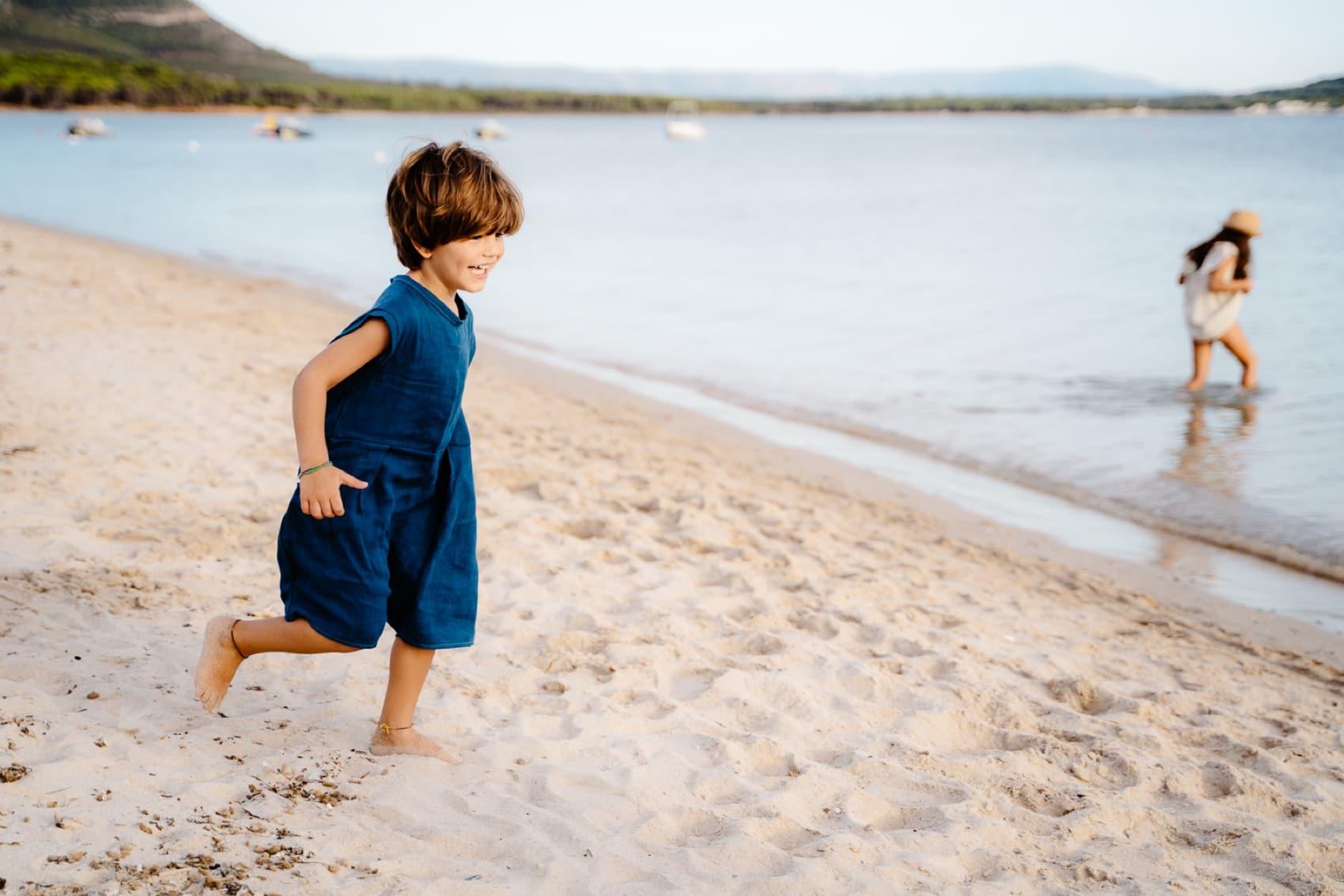 Lifestyle foto di famiglia al mare, Sardegna